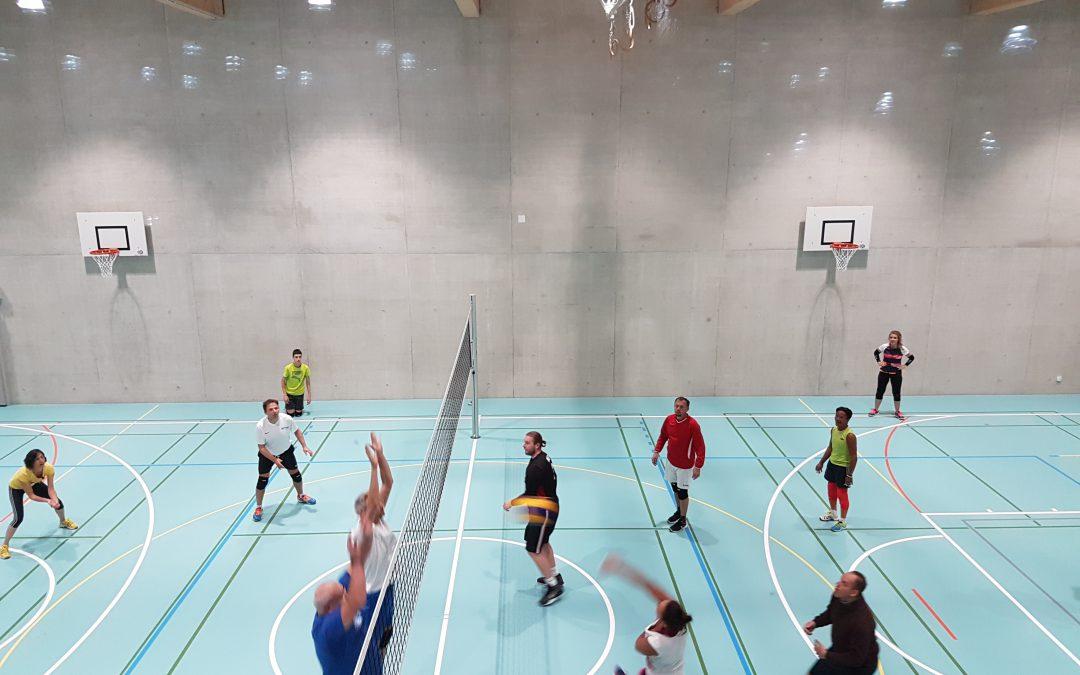 Dernier entraînement de volley à la salle du Gymnase, prochaine fois à la salle du Couchant
